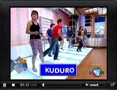 Candidatos do Ídolos fazem a dança do Kuduro no Hoje Em Dia