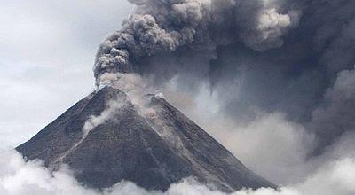 anak gunung krakatau meletus