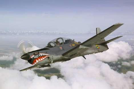 aviones de guerra. AVIONES DE COMBATE TLA