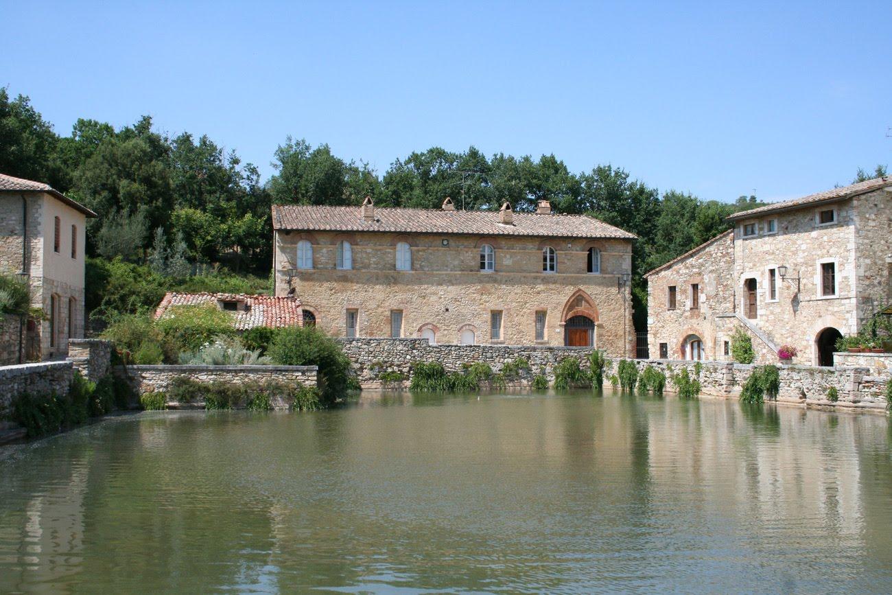 Destination toscane bagno vignoni une bourgade toscane - Distanza da siena a bagno vignoni ...