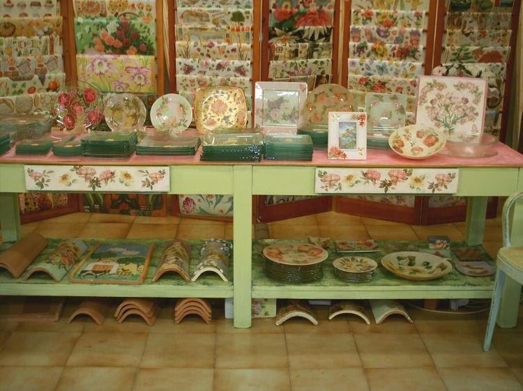 Delizioso d coupage effetto affresco su mobili e oggetti - Decoupage su mobili in formica ...