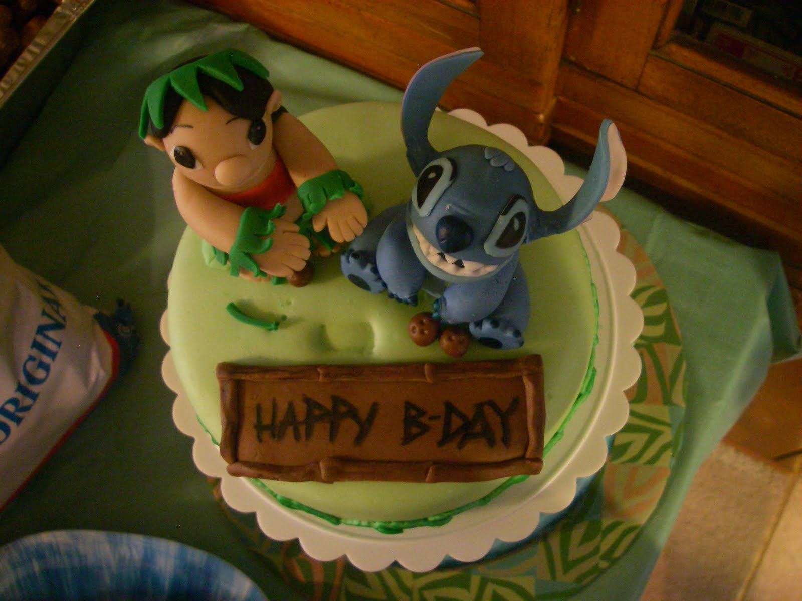 Abs Of Cakes Chocolate Fondant And Lilo Stitch