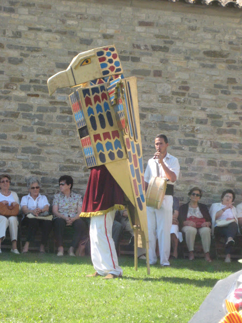 Horus dansant el Ball Pla del Falcó de Malla