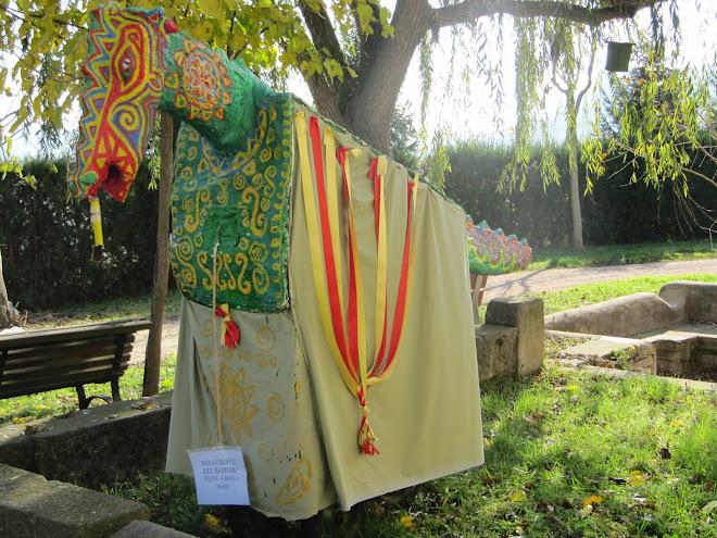 Drac de Malla exposat a la Font del Desmai de Sant Vicenç de Malla
