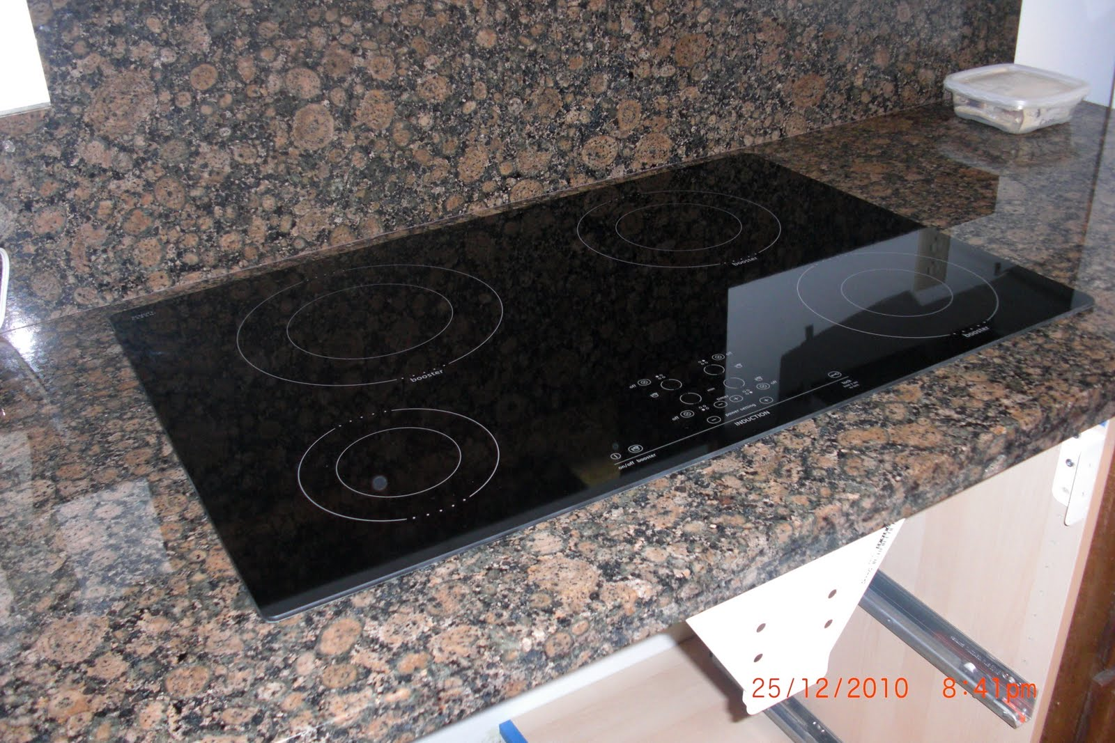 plblog: Induction cooktop installation