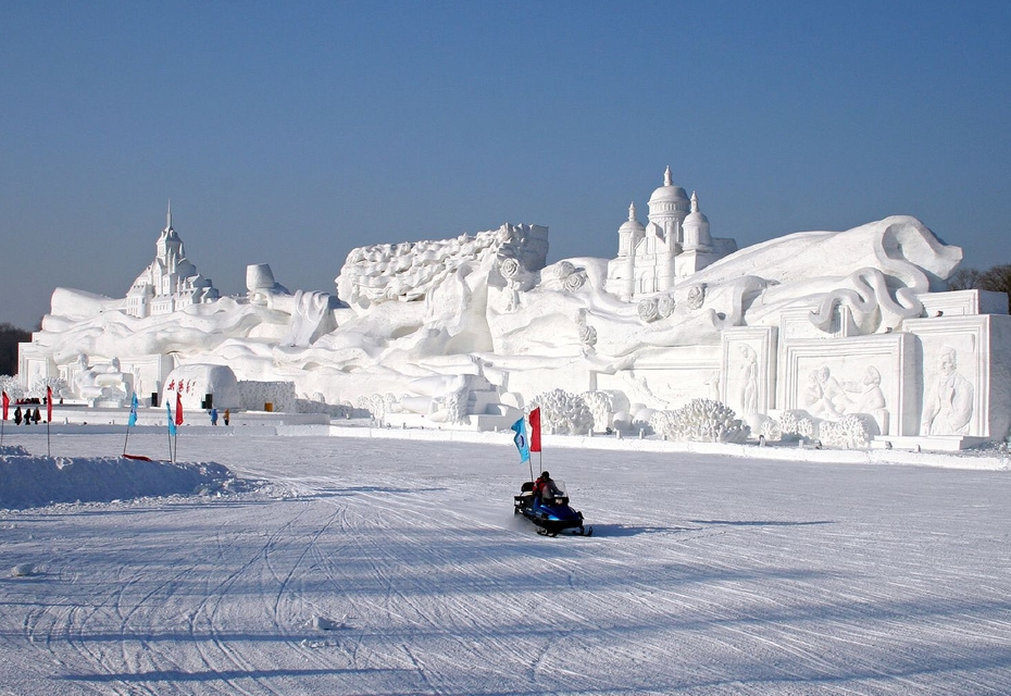 amazing snow sculptures around the world nice n funny
