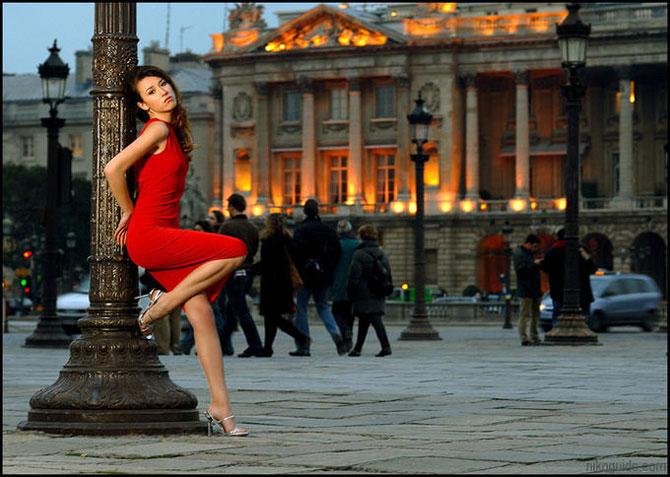 http://3.bp.blogspot.com/_xMg1jxBAoZQ/TT3Uc8rWIuI/AAAAAAAAEeM/sDI3cai7IQU/s1600/women_in_sexy_red.jpg