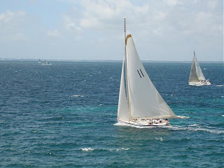 Poof'n'Whiffs: Them Extreme Oyster Sailboats