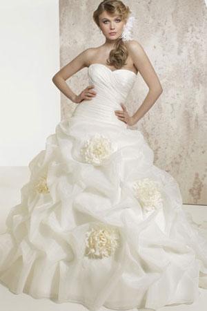 Cele mai frumoase rochii de mirese din colectie - Poze | DyanaSmen