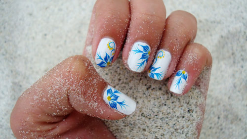 [flower+nails]