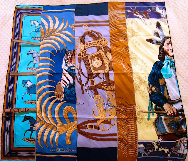 Hermes Carre en Carres scarf 