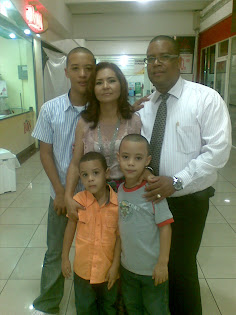Familia Chvez Len..Ramn, Juana, Junior, Hansel y Enmanuel