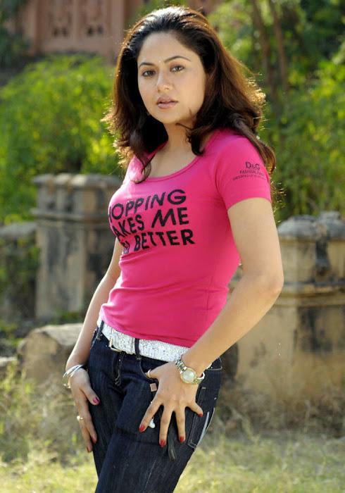 anu poorva actress pics