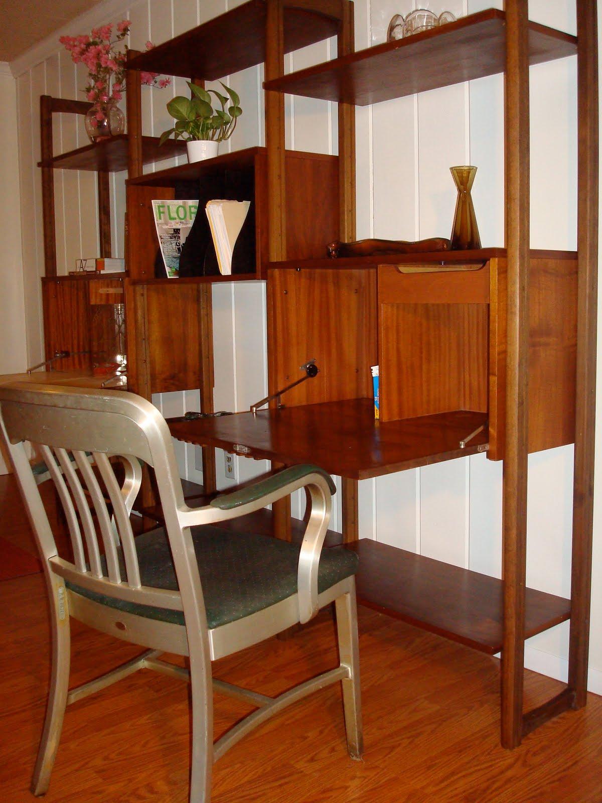 modern60 sold walnut mid century modern wall unit 650. Black Bedroom Furniture Sets. Home Design Ideas