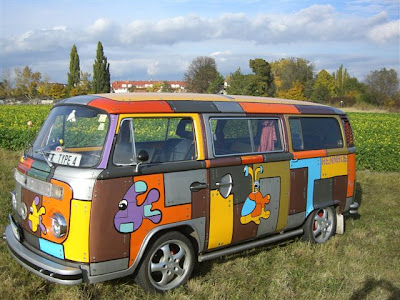 Oliver von Feistmantl Race Bus Art Car