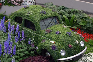 VW Garden Art Car