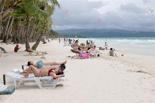 FILIPINAS-SEXO Sexo en la playa escandaliza a la isla