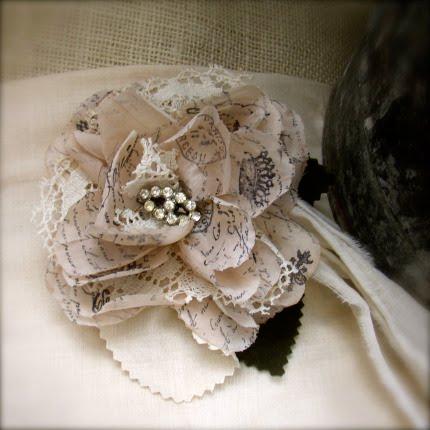 http://3.bp.blogspot.com/_xRO2YHYay6Y/S3HGq0scMRI/AAAAAAAAA8Q/B6mYaLgo3qI/s1600/paris_rosette_fancy_A.jpg