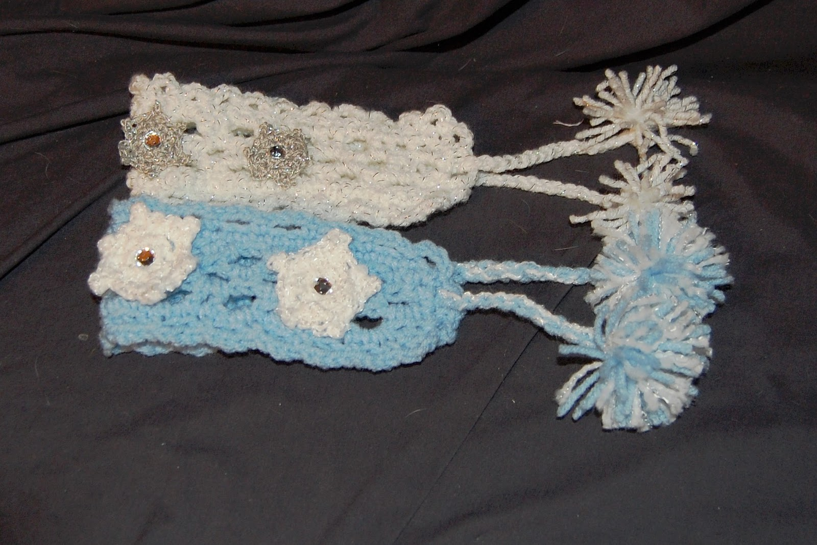 Free Crochet Pattern For Dog Harness : Posh Pooch Designs Dog Clothes: 12 Collars of Christmas ...