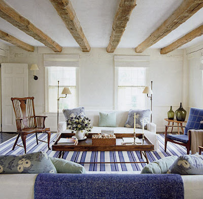 beach cottage love an easy breezy east hampton cottage. Black Bedroom Furniture Sets. Home Design Ideas