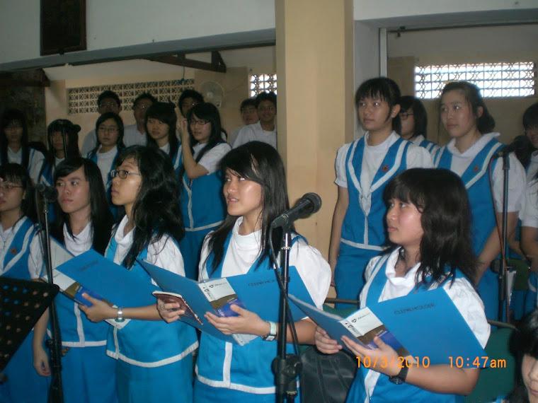 Ekskul Musik Liturgi - Pelayanan di Gereja Widodaren Surabaya
