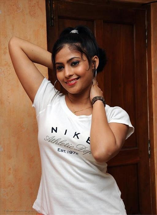 saira bhanu hot images