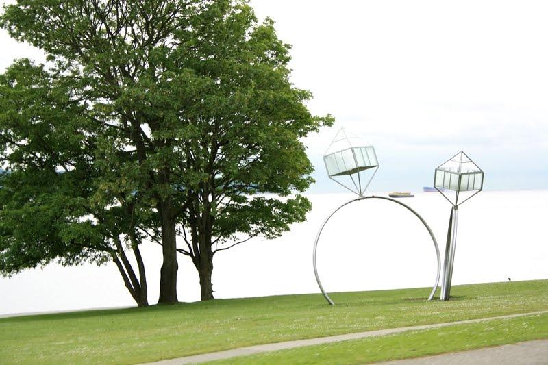 downtown vancouver sculpture