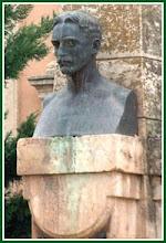 Estatua Capitán Arenas
