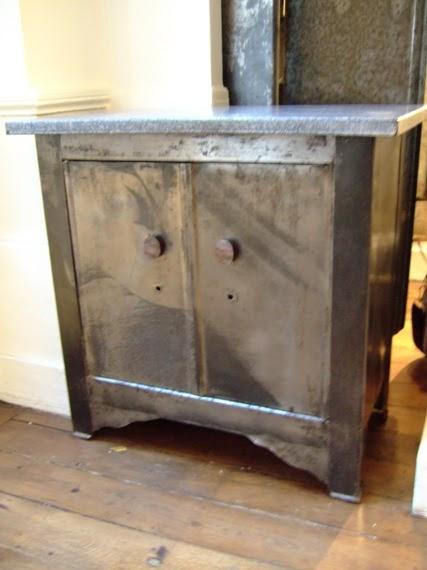 Vintage bazar petit meuble bas en m tal 1940 50 - Meuble cuisine en metal ...