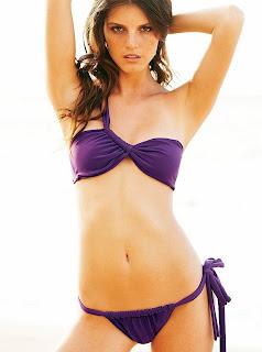 Jeisa Chiminazzo Bikini pics are fabulous