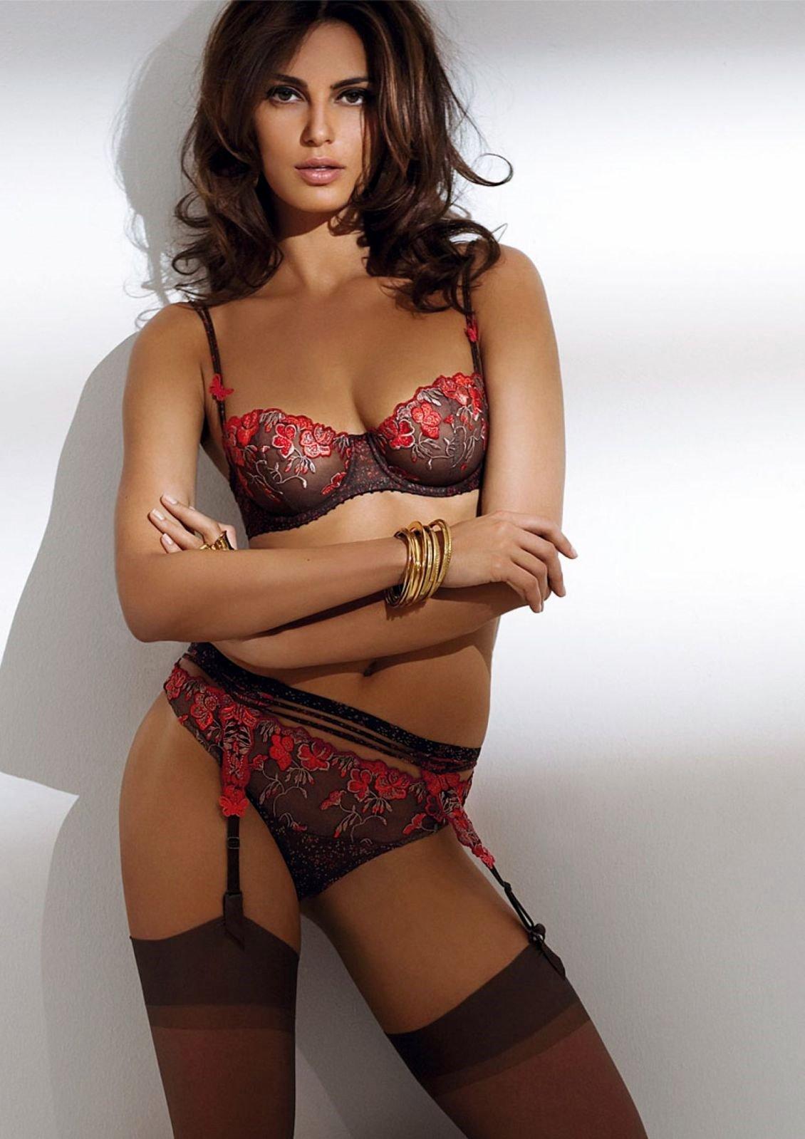 supermodeli-v-seksualnom-bele