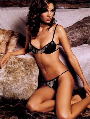 Eugenia Silva in lingerie again