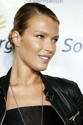 Gorgeous Model Veronica Varekova