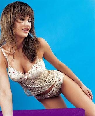 Amazingly hot Olga Kurylenko lingerie pics