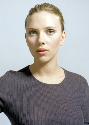 Scarlett Johansson is looking pretty