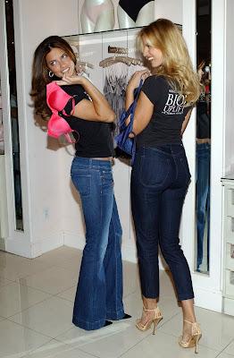 Adriana Lima and Karolina Kurkova are totally hot
