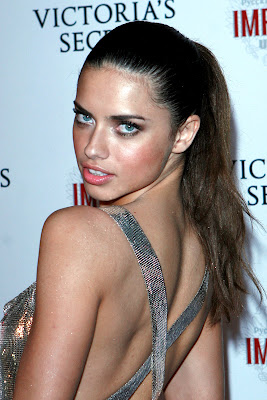 Adriana Lima amazing face pictures