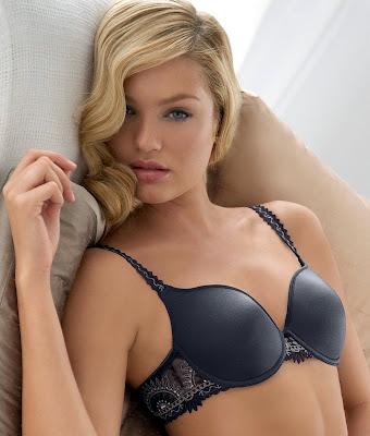 Candice Swanpoel  in lingerie
