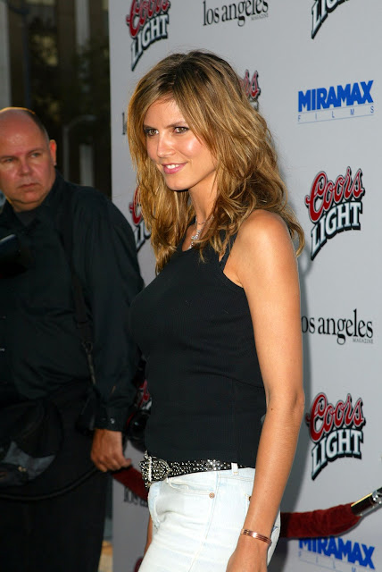 Heidi Klum in a black TShirt