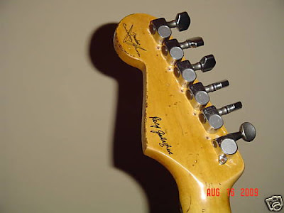 rory gallagher strat headstock