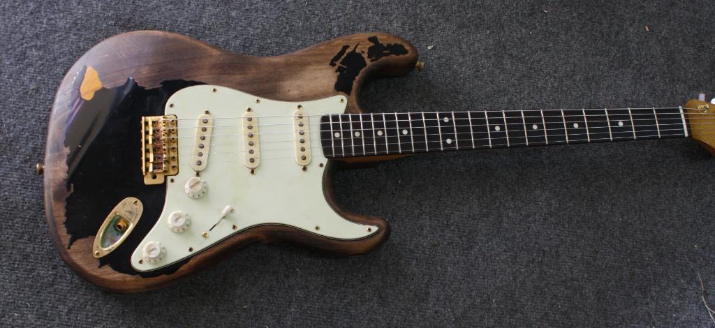 john mayer black 1 super relic by stratocaster guitar culture rh stratoblogster com