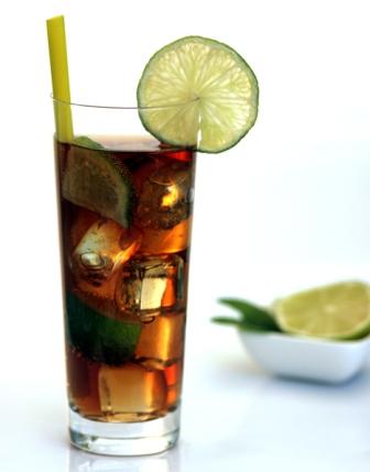 atenci n cocktail long island iced tea. Black Bedroom Furniture Sets. Home Design Ideas