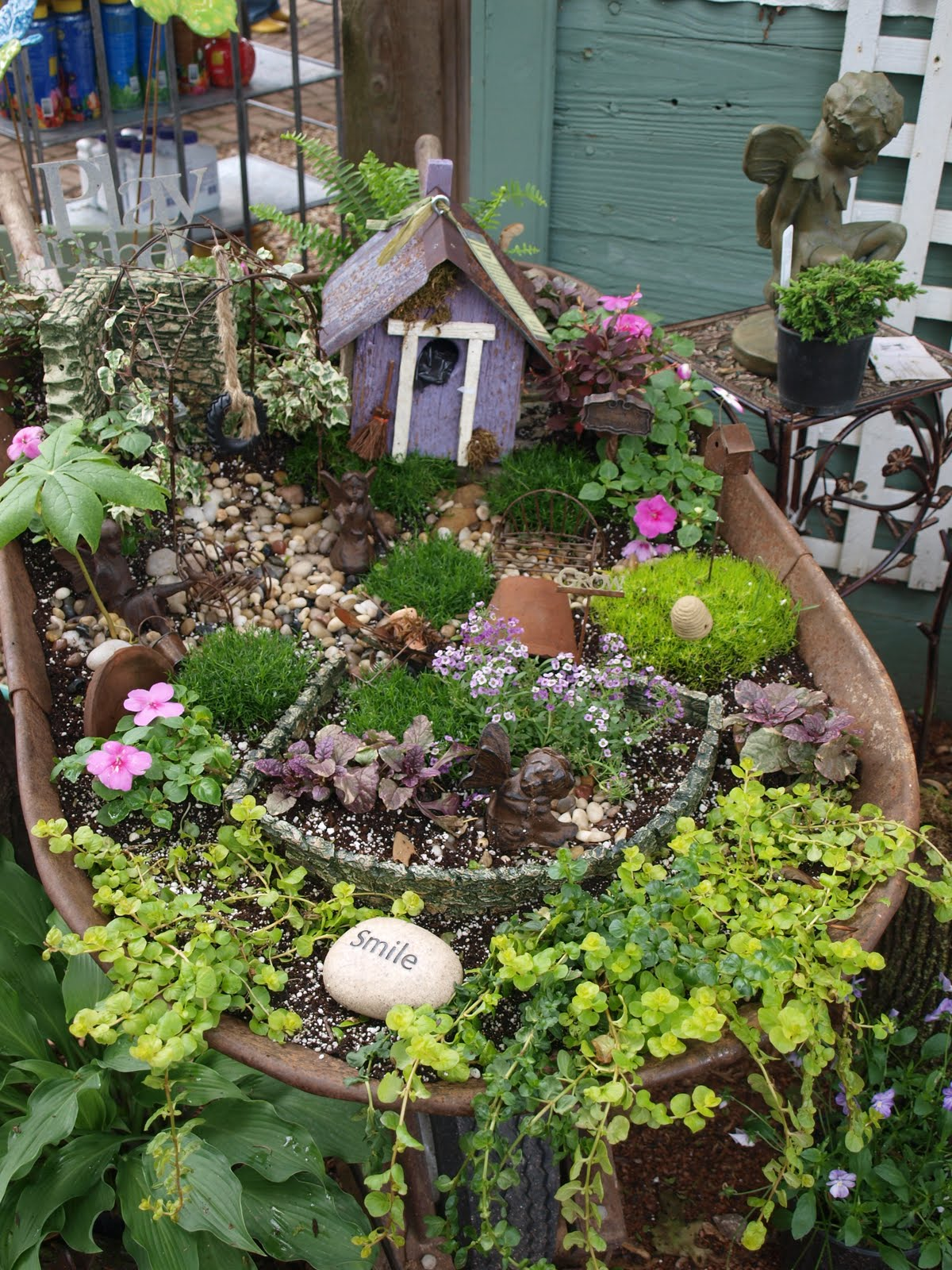 Outdoor Junk Decorating Ideas From Pinterest House