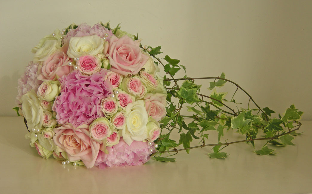 Safras Flower Design Wedding Flowers Melbourne gallery copy1