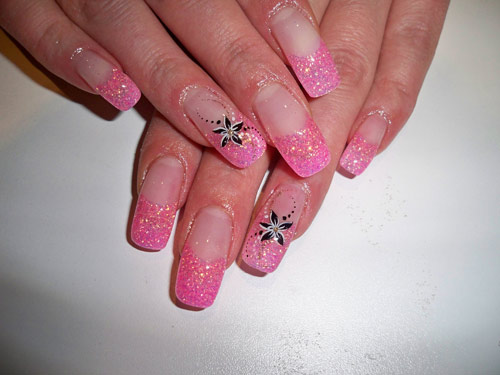 Unique Pink Glitter Nail Art Design