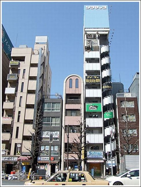 Narrow Buildings