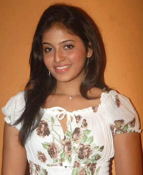 anjali anjali new white dress latest photos
