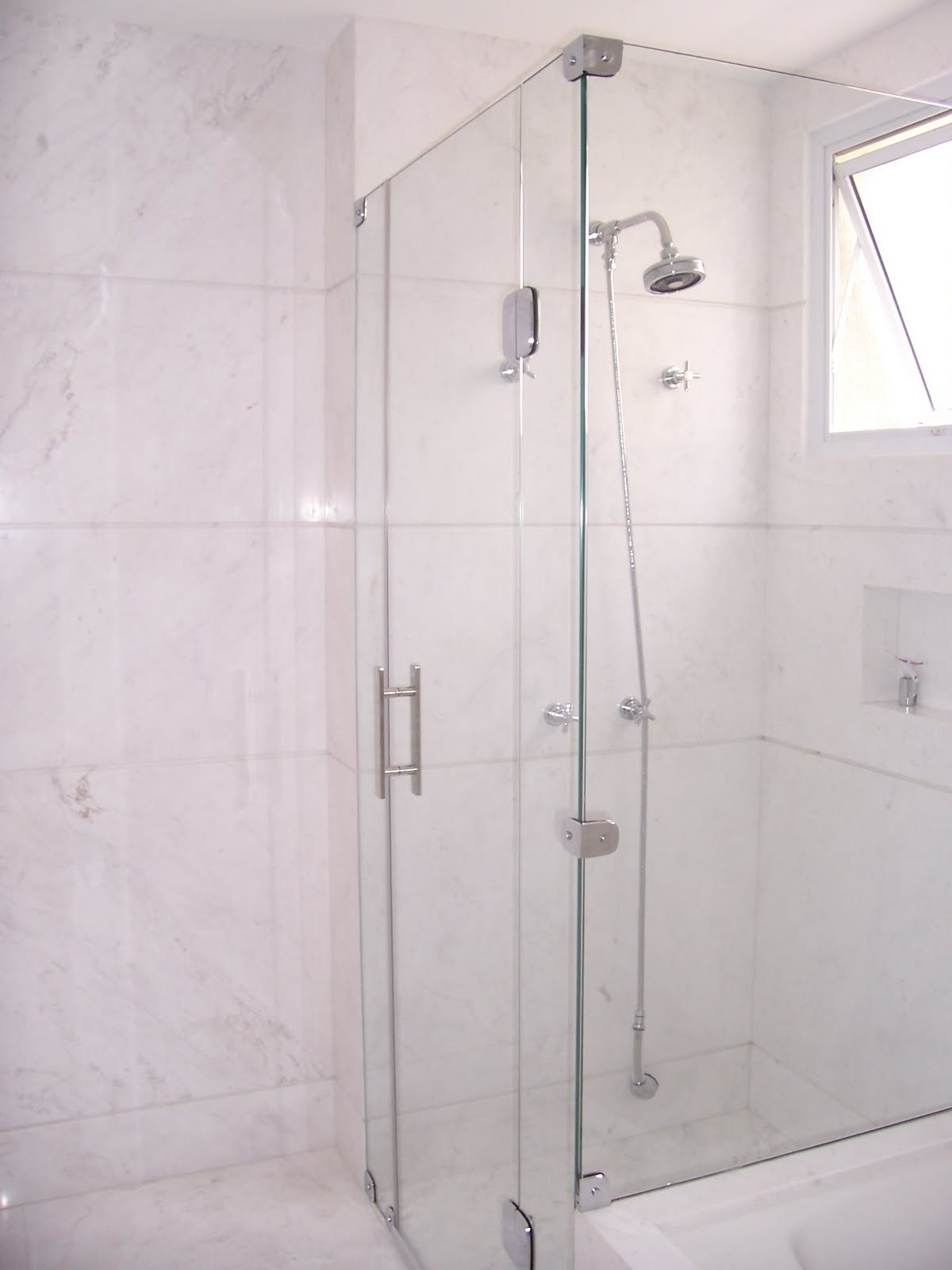 BOX PARA BANHEIRO: Sejam bem vindos! #705C61 1200x1600 Banheiro Com Box De Canto