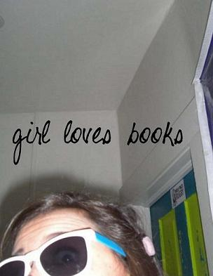 girl loves books