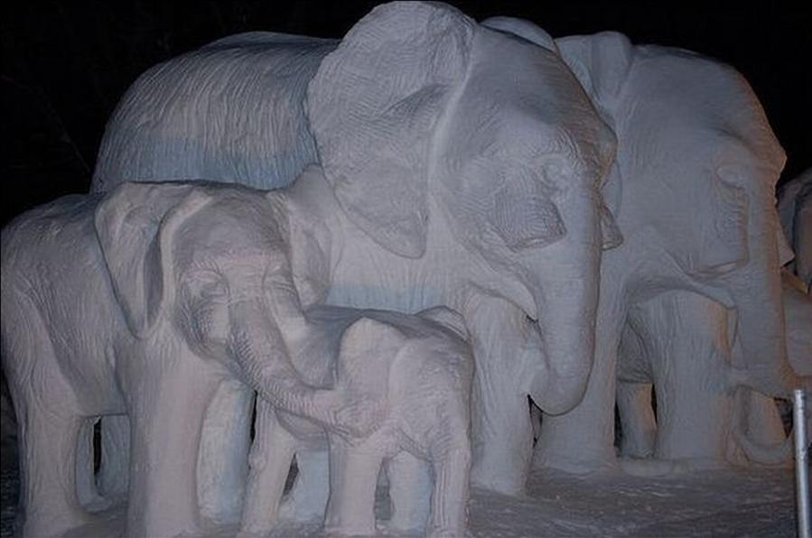 animal snow sculptures-#32